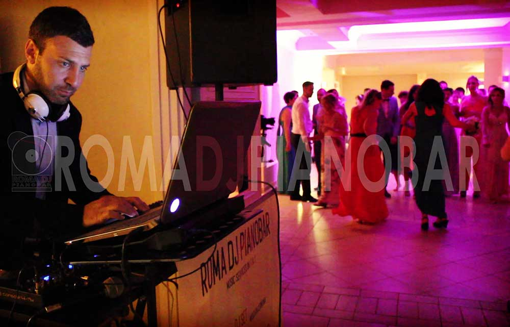 Private and business dinners parties with Dj - Romadjpianobar, italian agency of music and entertainment
