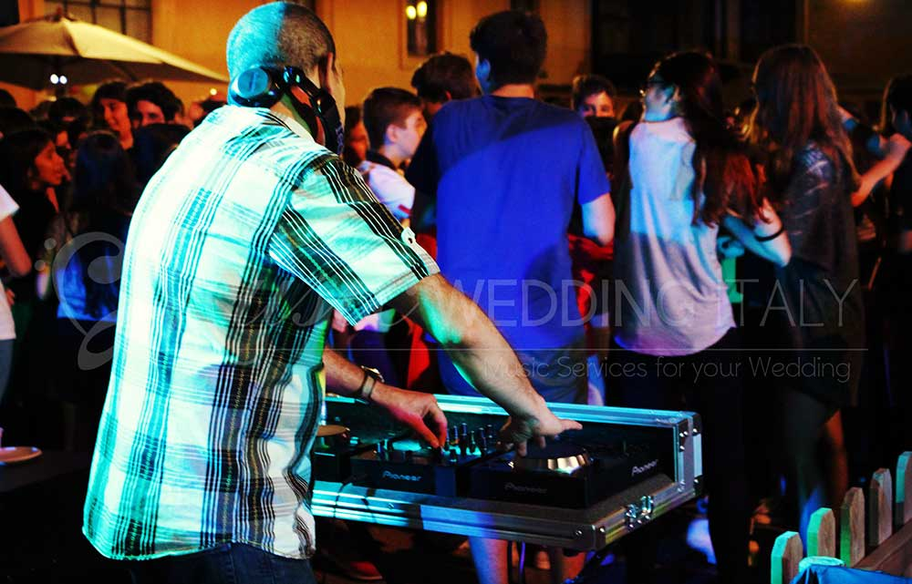 Dj set wedding Italy Rome Romadjpianobar music agency