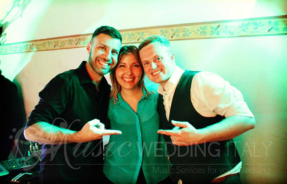 In memory of an amazing wedding party with Davide Wedding Dj and Valeria singer vocalist, for Romadjpianobar music and show events in Italy