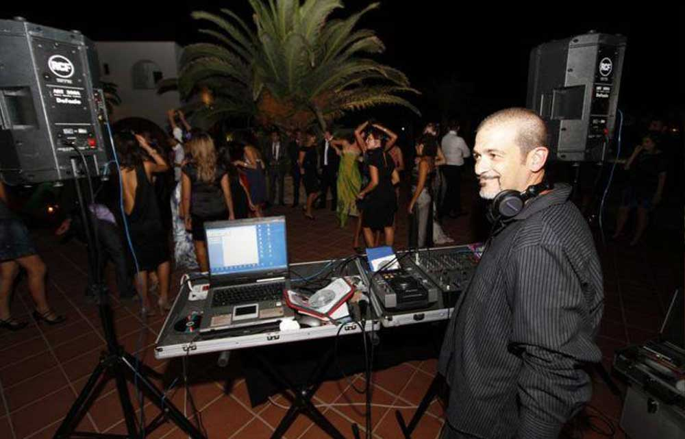 Wedding Dj Italy Gianpiero Fatica. Romadjpianobar music party Rome, Tuscany, Florence, everywhere in Italy.